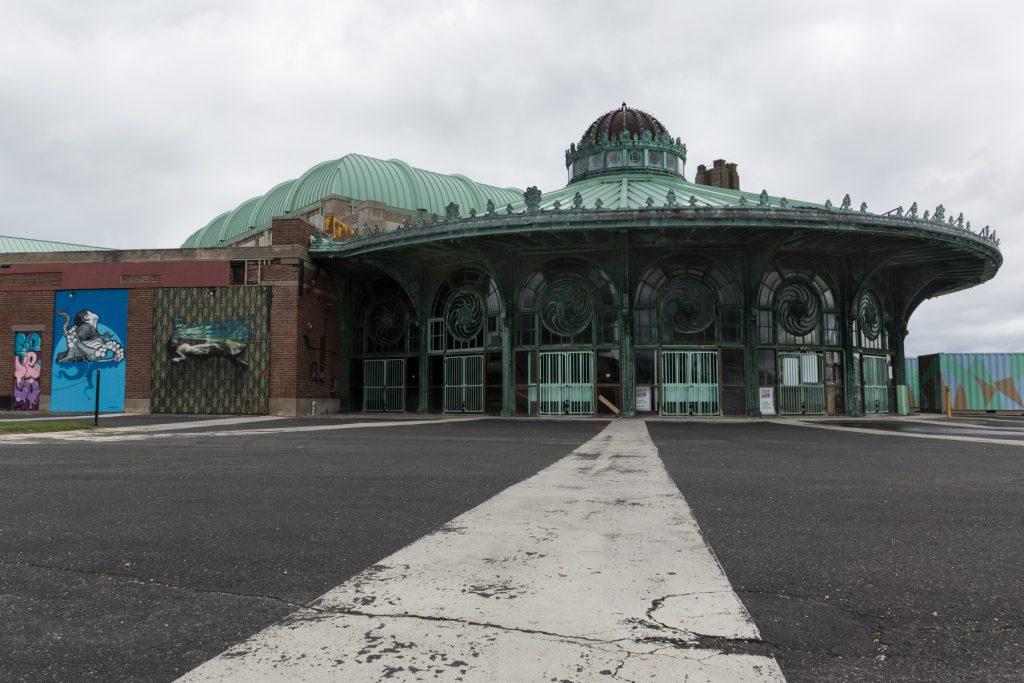 Carousel Building